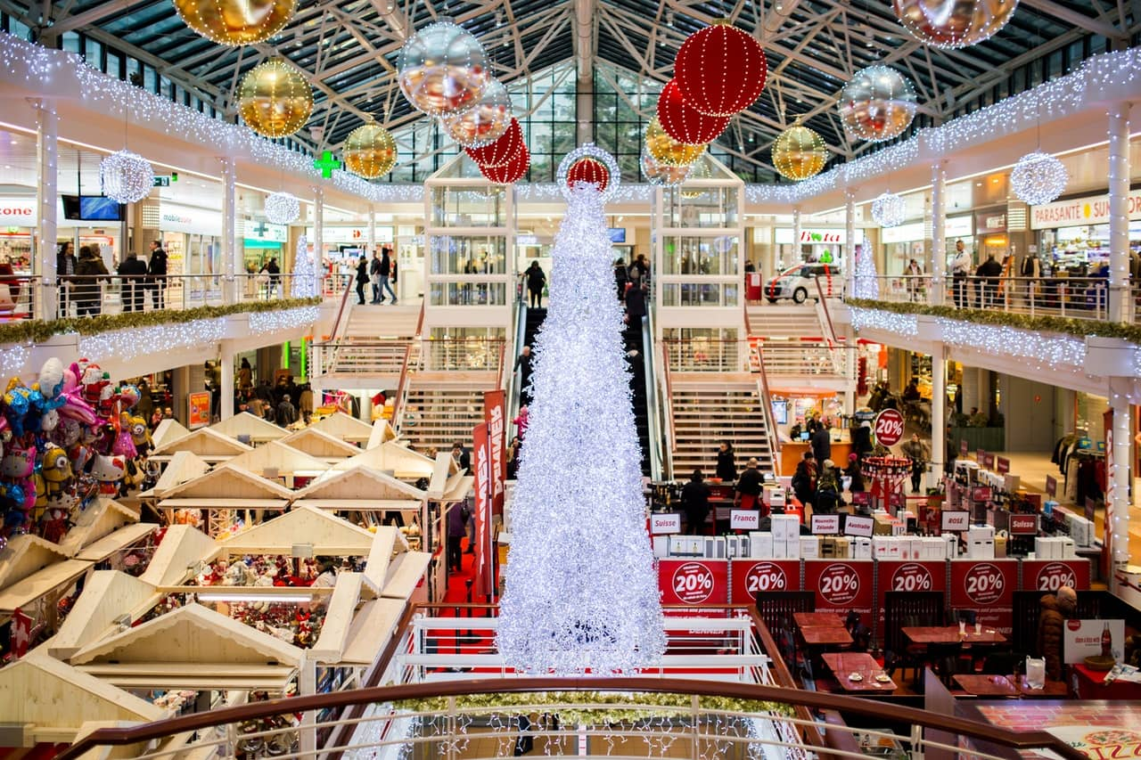advance-christmas-shopping