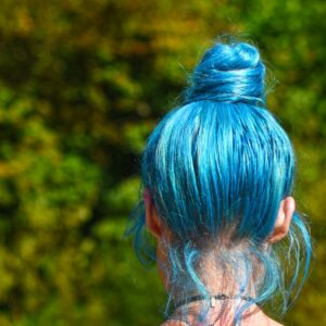 how to remove splat hair dye from the scalp